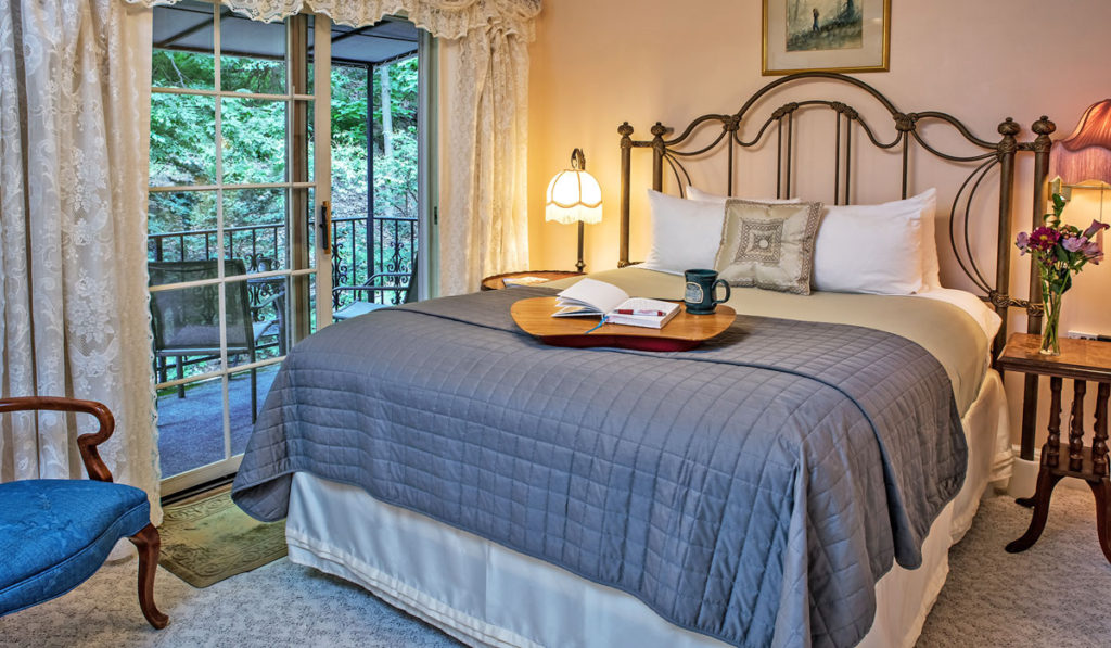 Enjoy holiday shopping in downtown Eureka Springs while staying at our romantic bed and breakfast