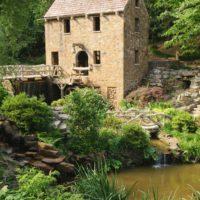 attractions-in-Arkansas.jpg