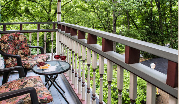 The Best Eureka Springs Lodging and Guest Rooms