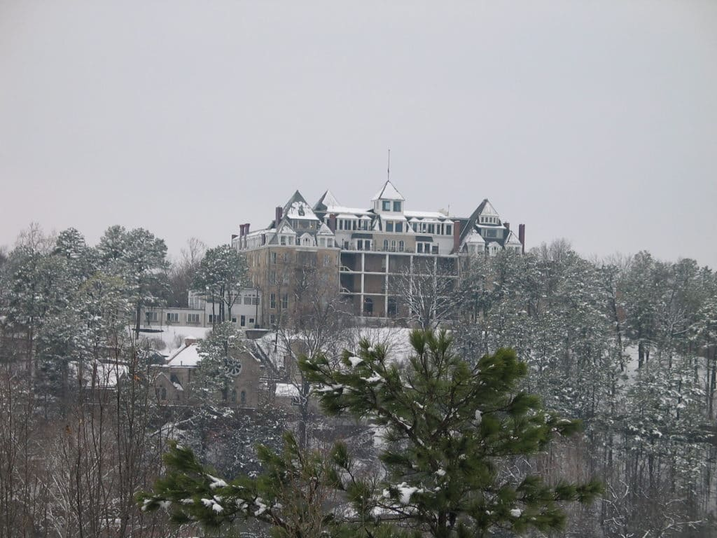 What to do in Eureka Springs This Winter