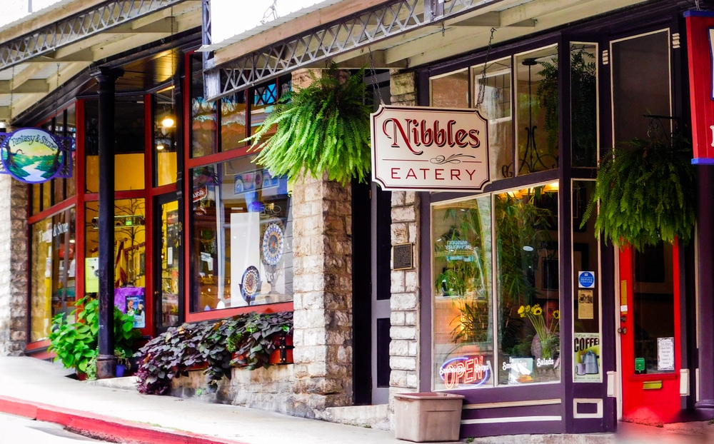 Browse the historic streets of downtown Eureka Springs, enjoying the sights and sounds of summer, which is the best time of year to visit our Eureka Springs Bed and Breakfast